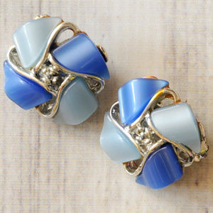 vintage blue thermoset silver tone clip earrings